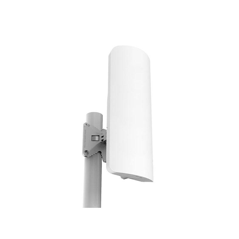 MikroTik mANTBox 52 15s Dual-Band 1xGbE 1xG SFP L4